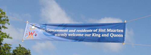 the government and residents of sint maarten warmly welcome our king and queen, royal visit 2013